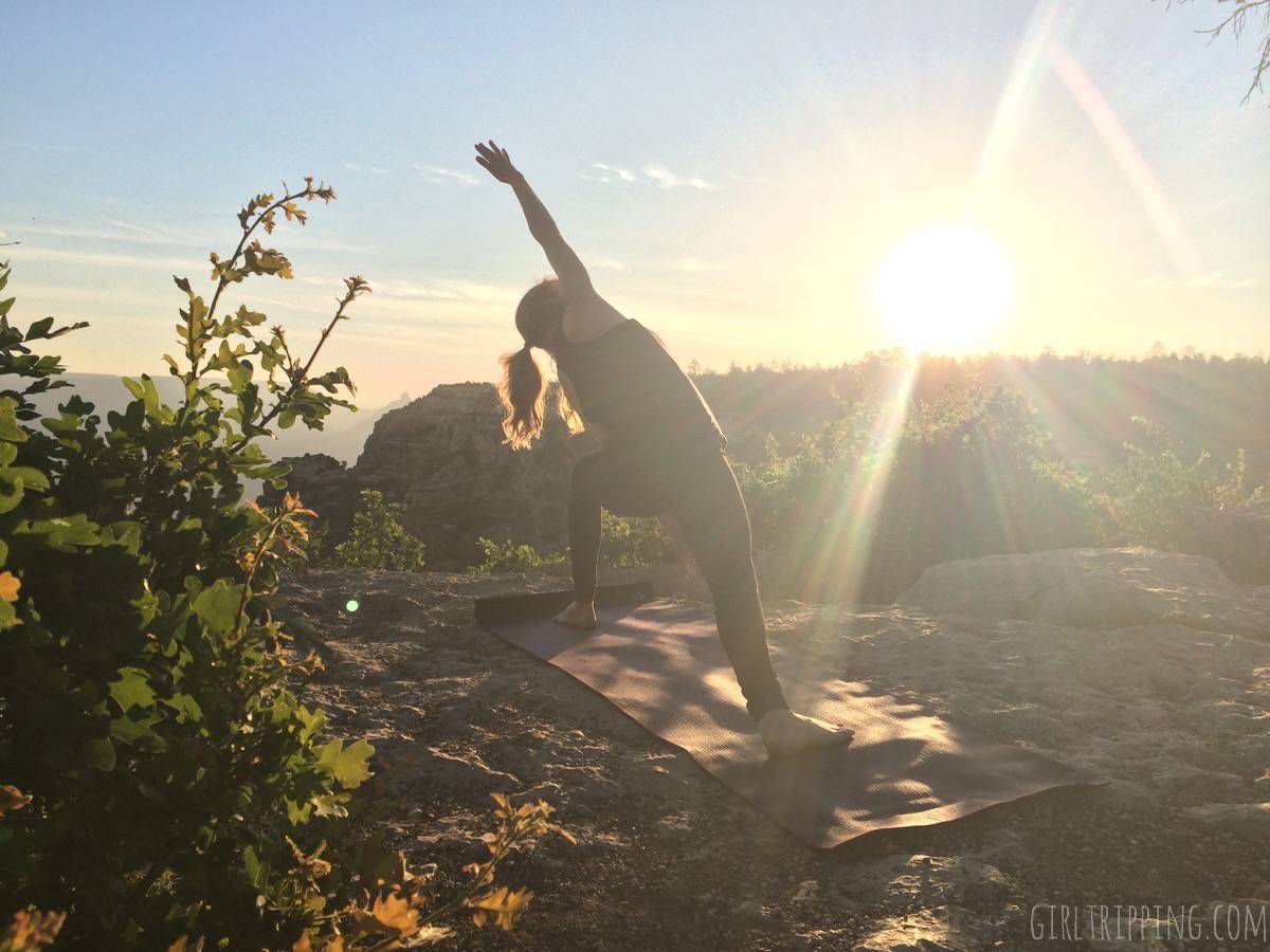 Sunrise Yoga at the Grand Canyon - Extended Side-angle Pose - https://girltripping.com