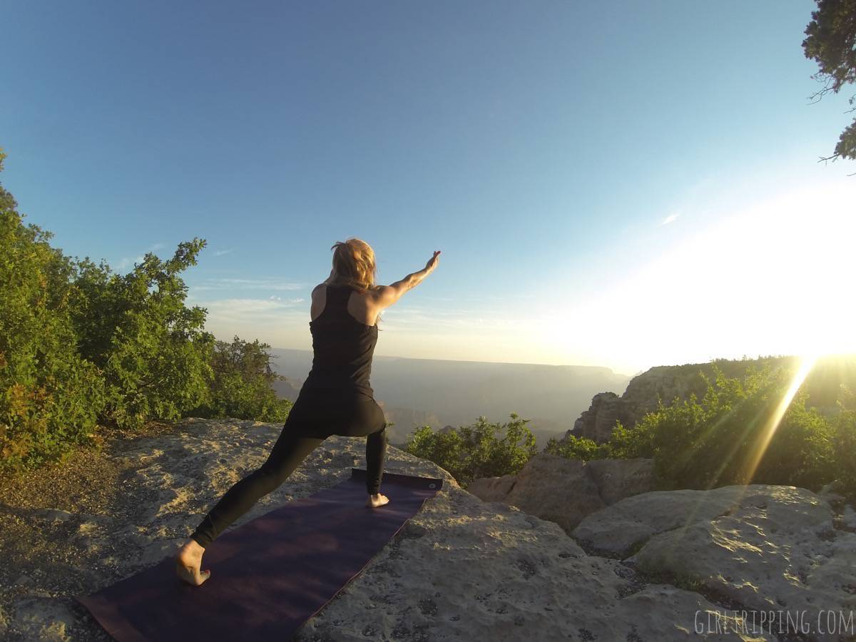 Sunrise Yoga at the Grand Canyon - lunge - https://girltripping.com